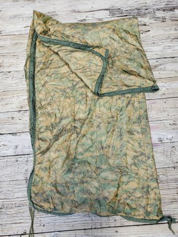 USMC-Reversible Digital Poncho Liner With Zipper USED **Call 910-347-3520 for pricing and availability**
